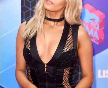 "Bebe Rexha Just Called Out a Married Football Player for Texting Her: ""Leave Me the F*ck Alone"""