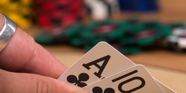 Aplikasi Judi Poker Online Uang Asli