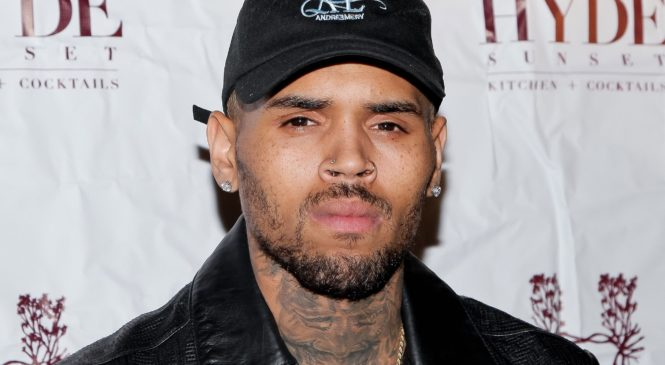 """ChrisBrown clothing line 'Black Pyramid' is selling """"This b!tch lyin'"""" shirts after rape accusation."""